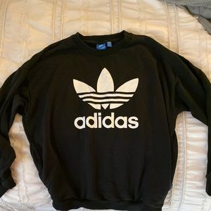 Adidas crew sweatshirt LIKE NEW!